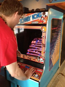 Paul playing Donkey Kong